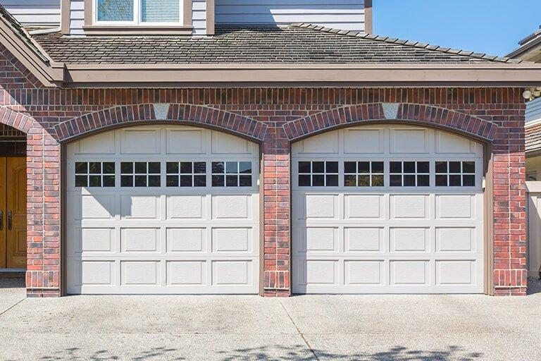 What is a Smart Garage Door?