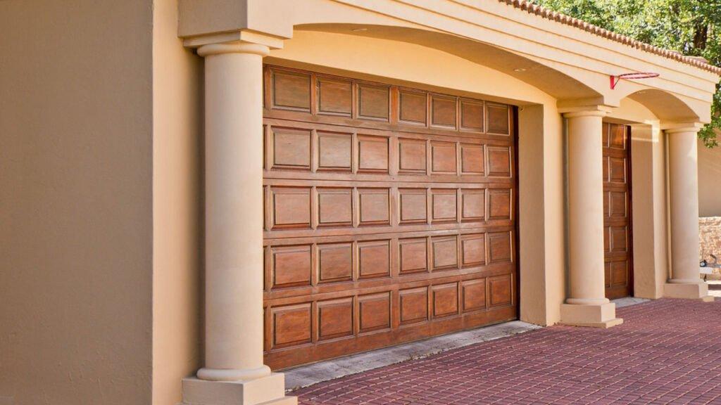 Opening a Garage Door Manually